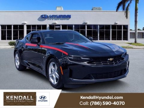 Pre-Owned 2019 Chevrolet Camaro 1LT RWD 2D Coupe